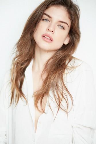 MARIYA D