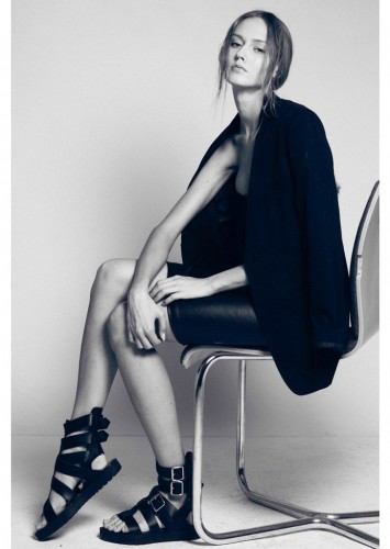 Helen Babic represented by MadModels