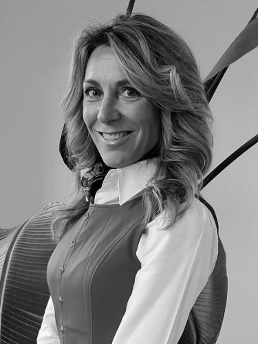 LUCIA SAMPEDRO